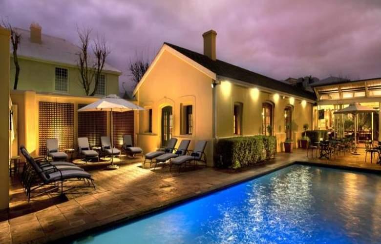 The Portswood - Pool - 31