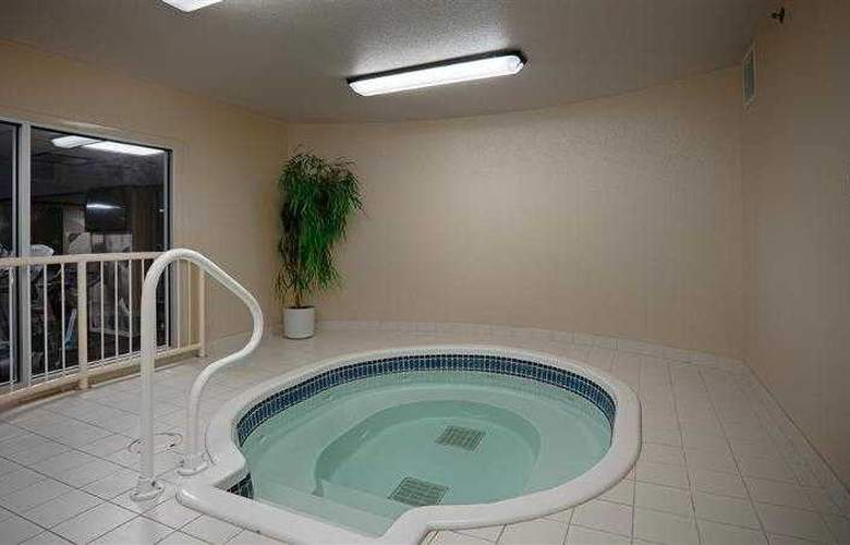 Best Western Plus Denham Inn & Suites - Hotel - 42