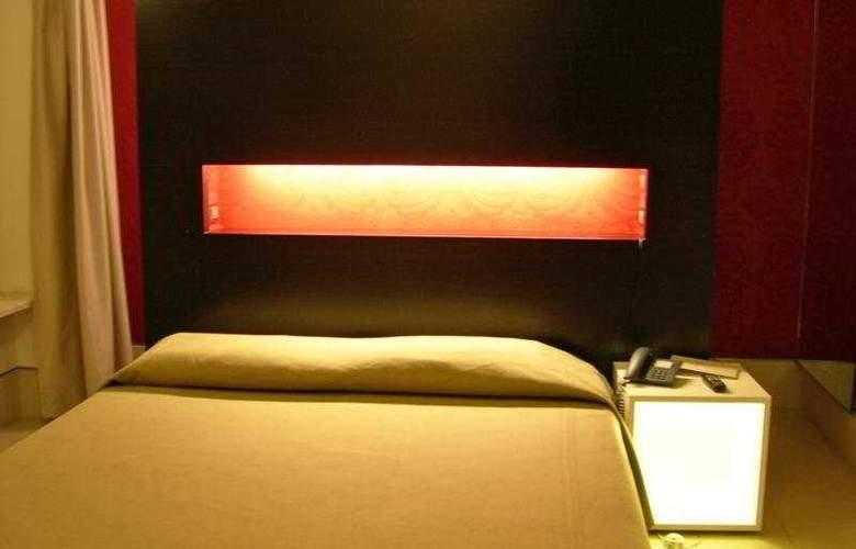 Savoy Parma - Room - 1