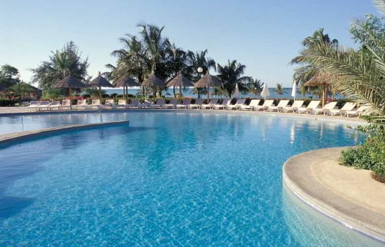Royam Saly - Pool - 37