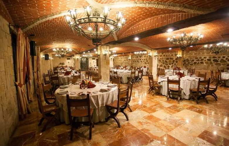 Alfonso VI - Restaurant - 45