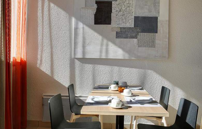 Comfort Hotel Gap Le Senseo - Restaurant - 96