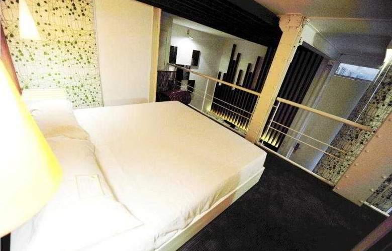 Room Mate Carlos - Room - 3