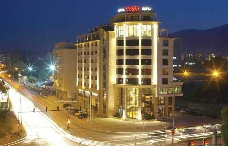 Vega - Hotel - 0