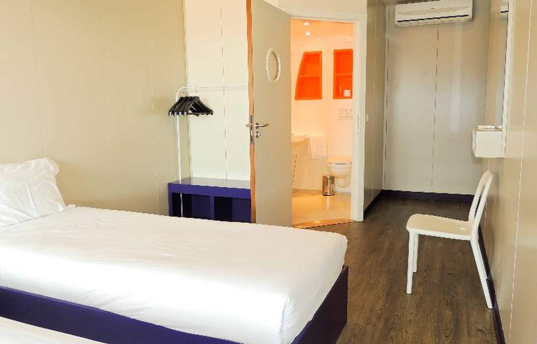 iStay Hotel Porto Centro - Room - 4