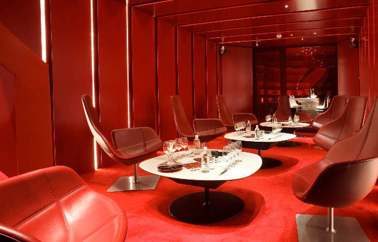 Grau Roig - Bar - 7