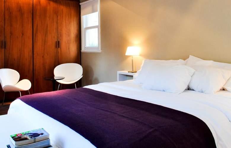 Maitre - Room - 1