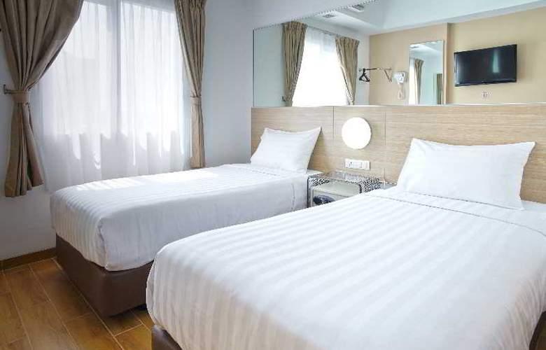 Red Planet Surabaya - Room - 5