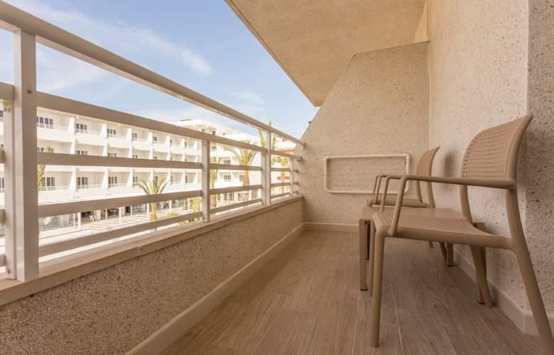 Hotel & Spa Ferrer Janeiro - Room - 18