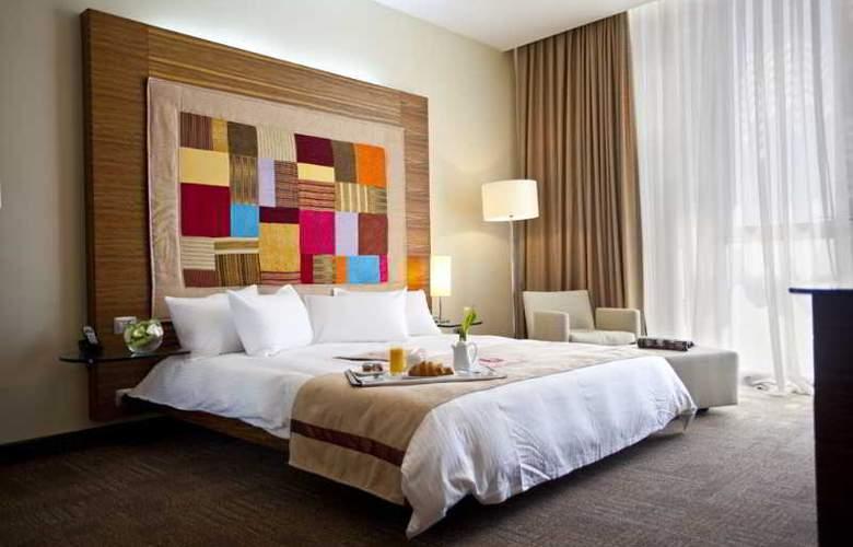 Landmark Hotel - Room - 3