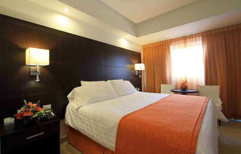 City House Soloy & Casino - Room - 2