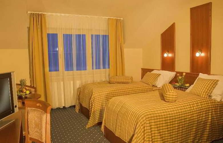 Primavera Hotel & Congress Centre - Room - 11