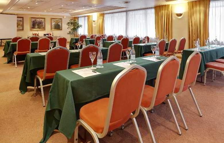 Blanca de Navarra - Conference - 24