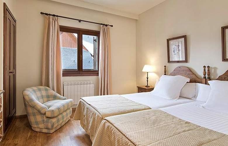 Apartamentos Blanheu - Room - 8