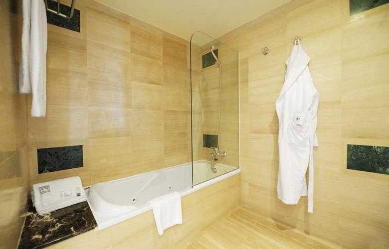 Eurostars Barbera Parc - Room - 9