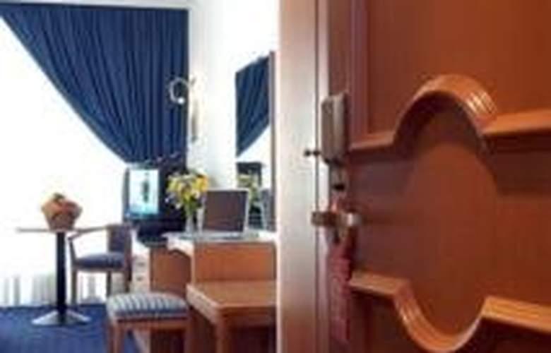 Le Cavalier - Room - 1