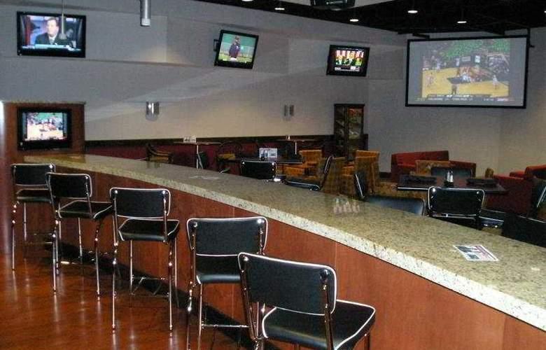 Doubletree Tampa Westshore - Bar - 5