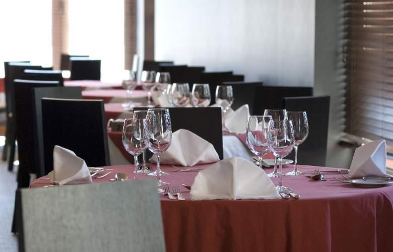 Lutecia Smart Design - Restaurant - 4