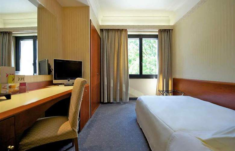 Mercure Astoria - Room - 7