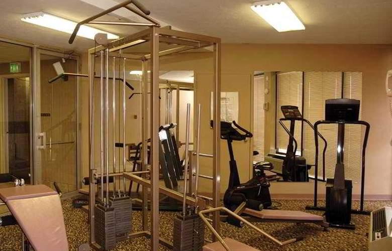 Comfort Inn Downtown - Memphis - Sport - 5