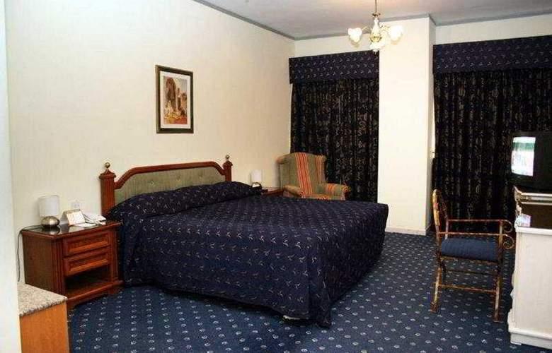 Ramee Guestline Deira Hotel - Room - 0