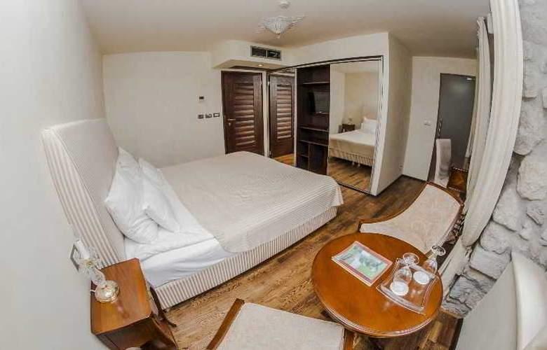 Boutique Hotel Astoria - Room - 9