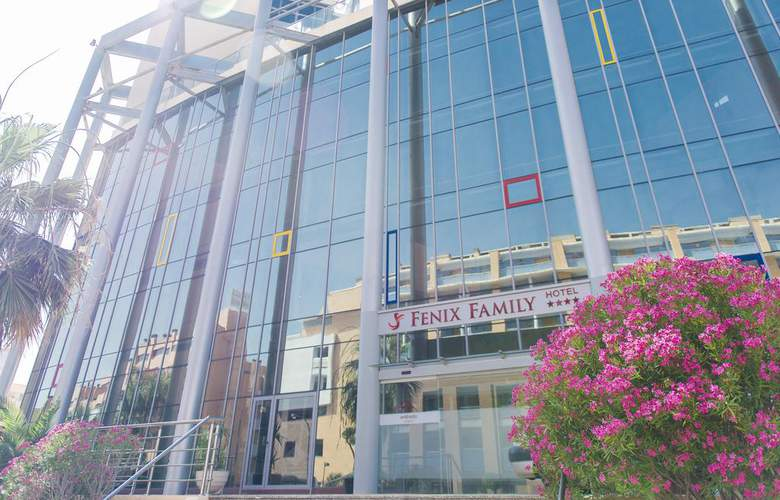 Fenix Family - Hotel - 0