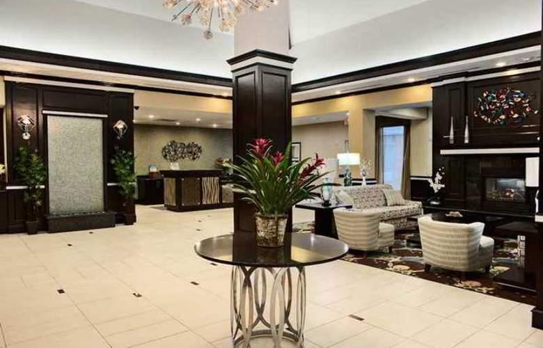 Hilton Garden Inn Tyler - Hotel - 0