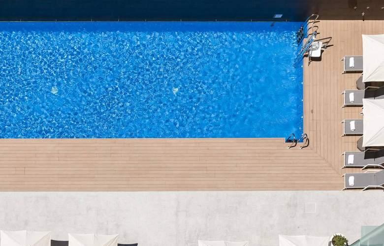 Ilunion Atrium - Pool - 20