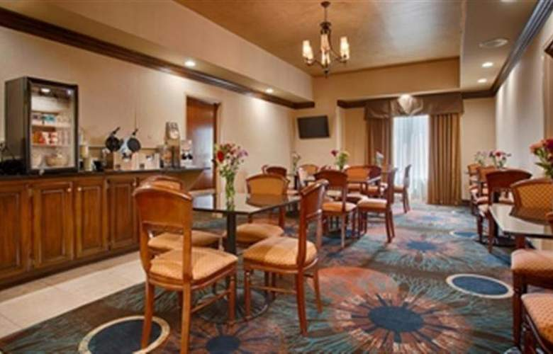 Best Western Plus Windsor Suites - Restaurant - 50