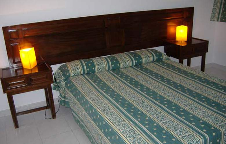 Apartamentos Punta Rassa - Hotel - 0