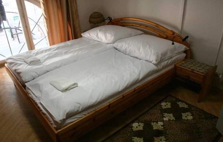 Hello Budapest Hostel - Room - 10