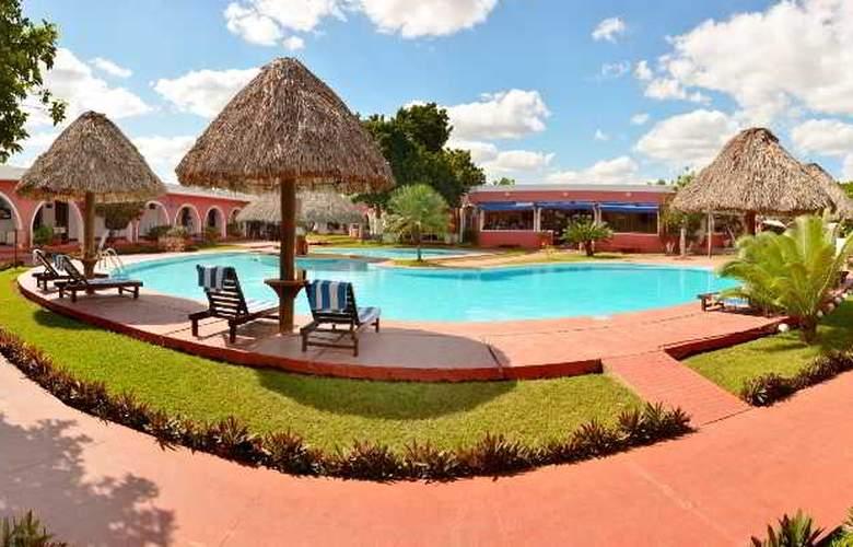 Hotel Hacienda Inn Aeropuerto - Hotel - 0