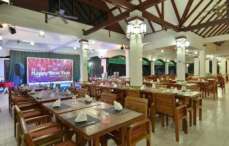 First Bungalow Beach Resort - Restaurant - 24