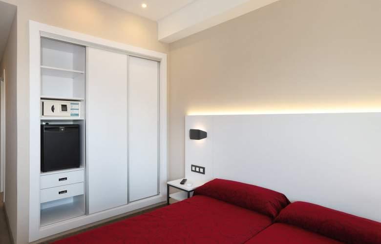 Alameda - Room - 11