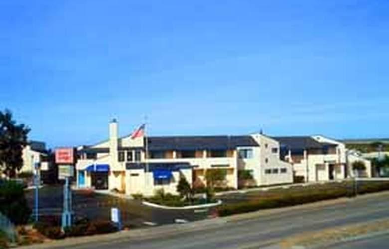 Econo Lodge Bay Breeze - Hotel - 0
