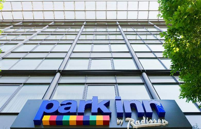 Park Inn by Radisson Dresden - Hotel - 3