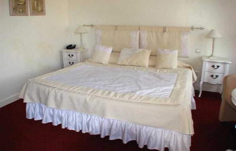 Best Western Soleil et Jardin Sanary - Hotel - 8