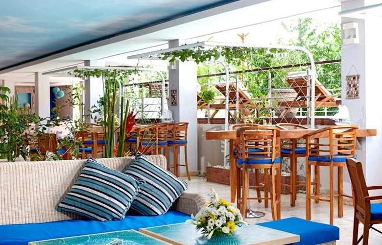 Nusa Dua Retreat Boutique Villa Resort and Spa - Restaurant - 6