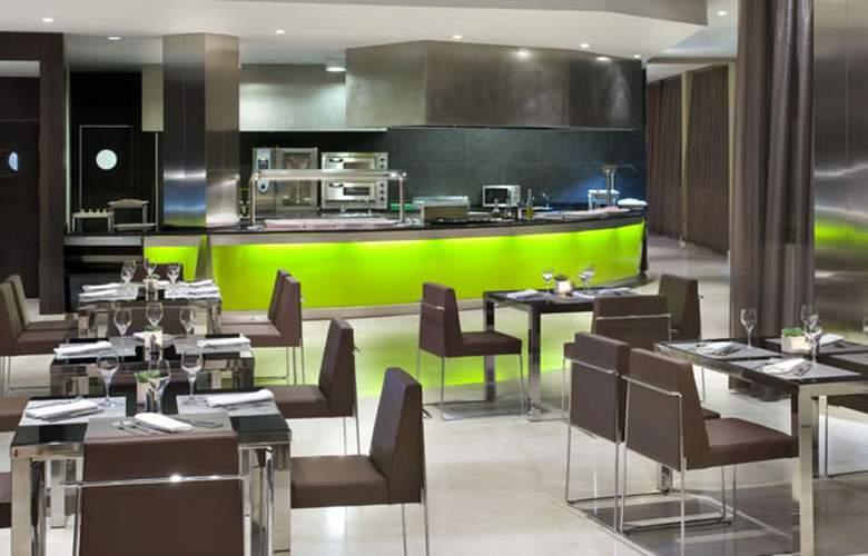 Meliá Sol y Nieve - Restaurant - 32