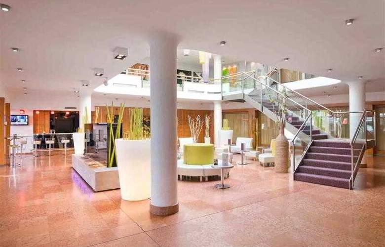 Mercure Salzburg Central - Hotel - 11