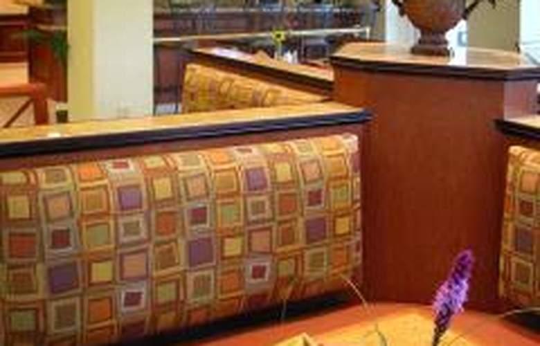 Hilton Garden Inn Kankakee - Restaurant - 1
