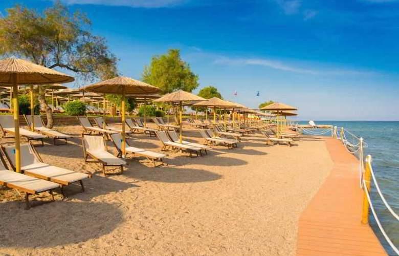 Mare Nostrum Hotel Club Thalasso - Beach - 9