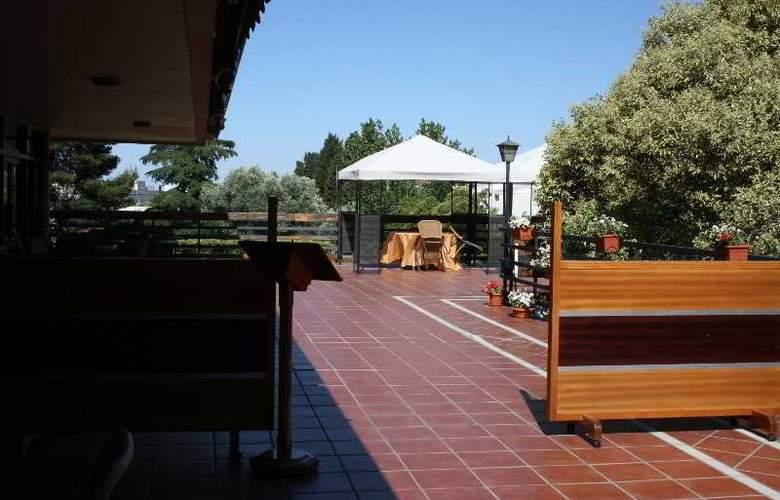 Los Olivos - Terrace - 8