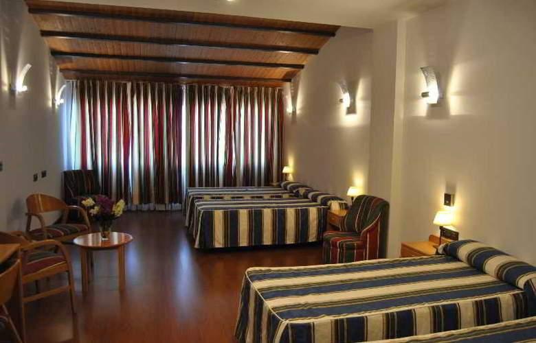 Hacienda Castellar - Room - 39