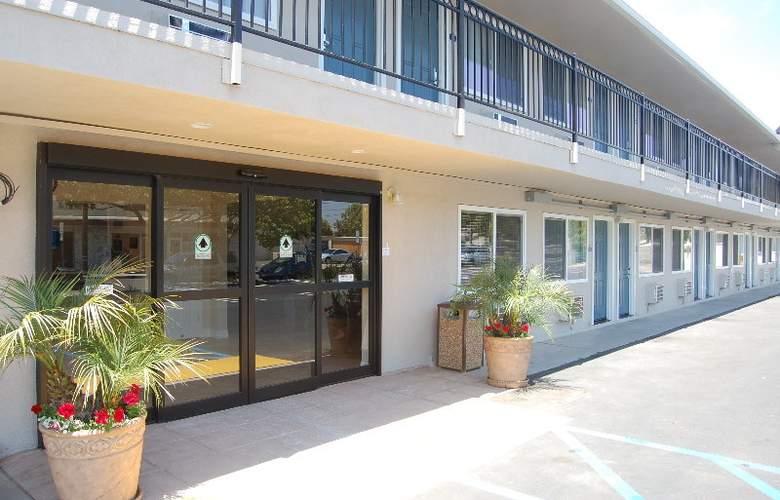 Days Inn Santa Maria - Hotel - 6