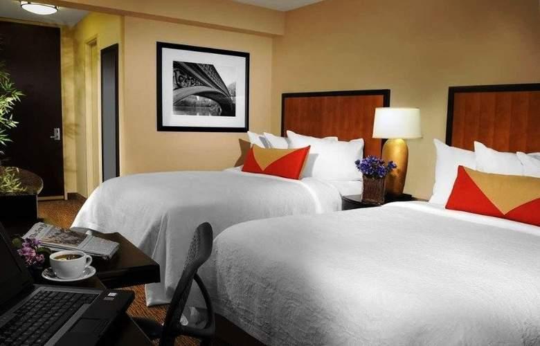 Hilton Garden Inn Times Square - Room - 7