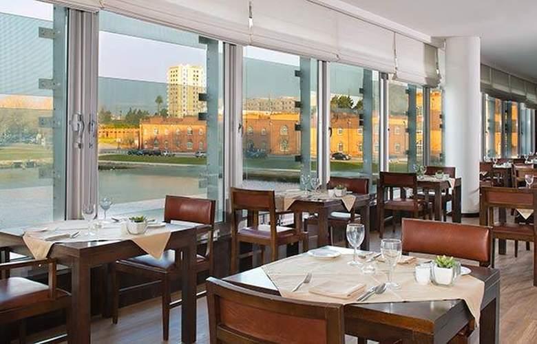 Meliá Ria - Restaurant - 6