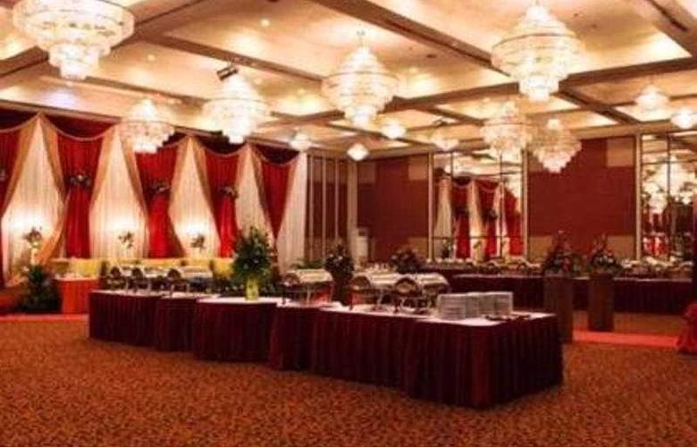 The Acacia Jakarta - Restaurant - 4