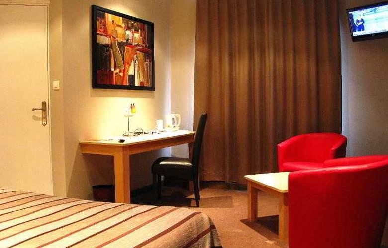 Interhotel Le Bretagne - Room - 11